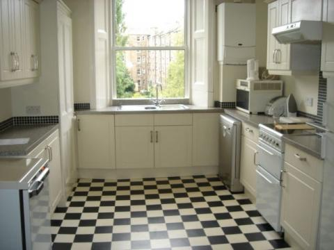 Six bedroom property to let, Spottiswoode Street, Marchmont