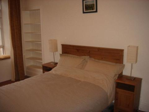 One bedroom property to let, Broughton Street, New Town