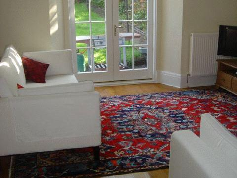 Two bedroom property to let, Bellevue Terrace, Broughton
