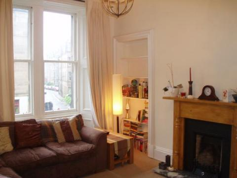 Two bedroom property to let, Marchmont Crescent, Marchmont