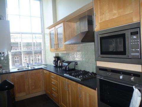 Two bedroom property to let, Union Place, New Town