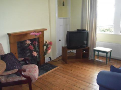 One bedroom property to let, Albion Road, Easter Road