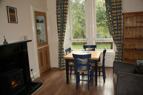 One bedroom property to let, Gosford Place, Trinity