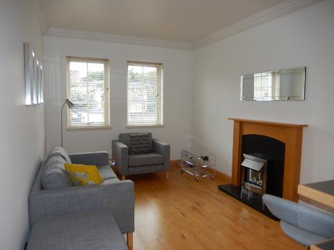 One bedroom property to let, Haugh Street, Stockbridge