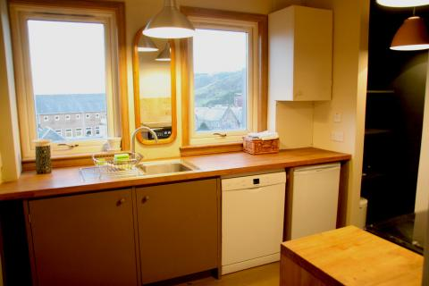 Two bedroom property to let, Chessel Court, Royal Mile