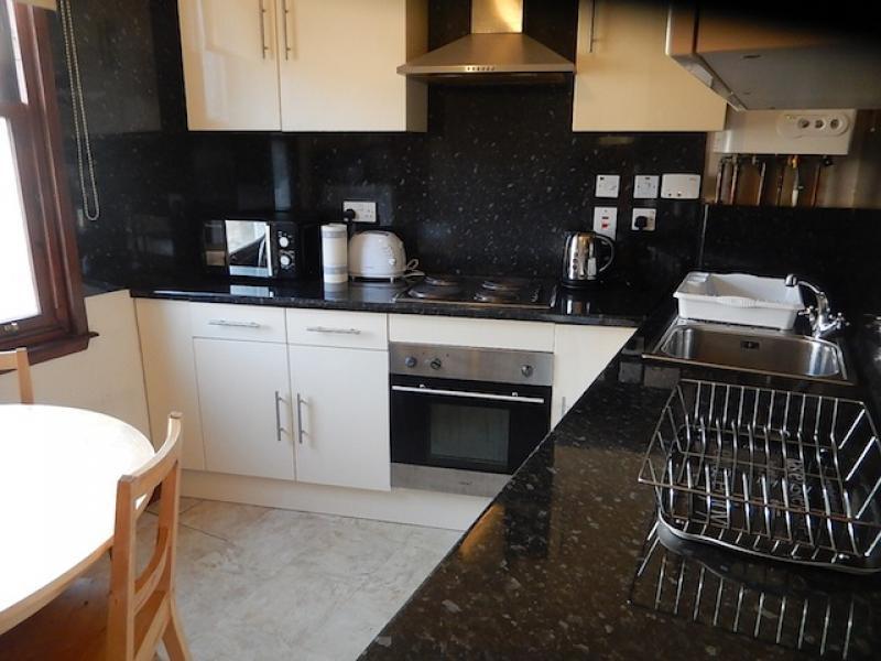 Four bedroom property to let, East Preston Street, Newington