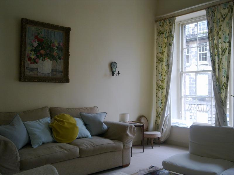 Two bedroom property to let, Union Street, New Town