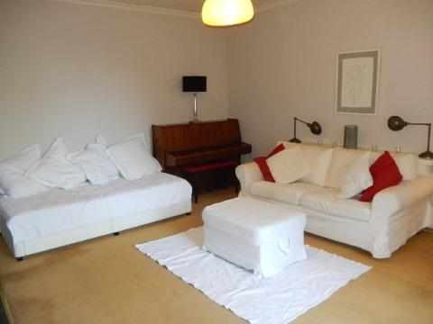 One bedroom property to let, Dublin Street, New Town