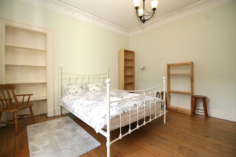 One bedroom property to let, Teviotdale Place, Stockbridge