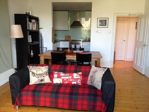 Two bedroom property to let, Lauriston Park Road, Tollcross