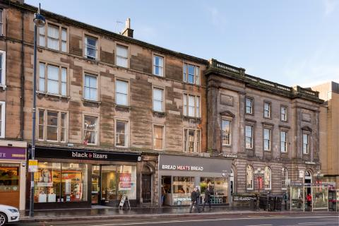 Three bedroom property to let, Lothian Road, Tollcross