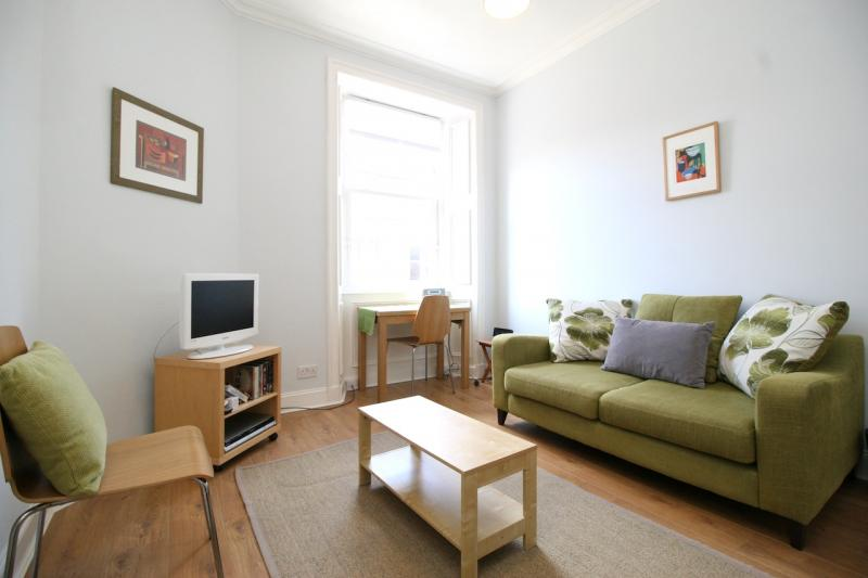 One bedroom property to let, Dalmeny Street, Leith