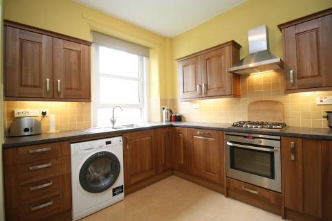 Two bedroom property to let, Northfield Avenue, Northfield