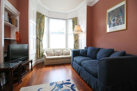 Two bedroom property to let, Salisbury Road, Newington