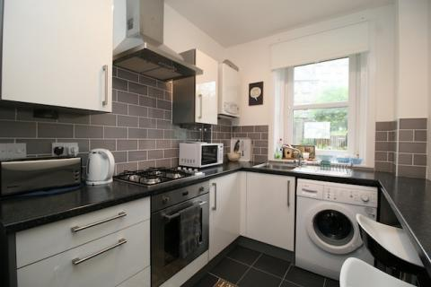 Two bedroom property to let, Pleasance, Pleasance
