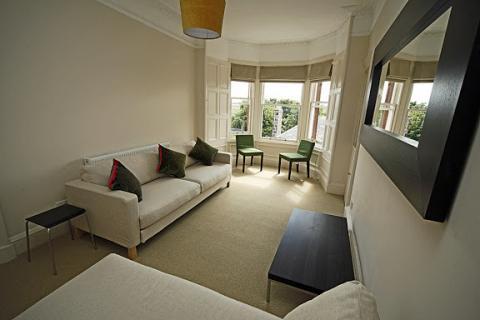 One bedroom property to let, Salisbury Road, Newington
