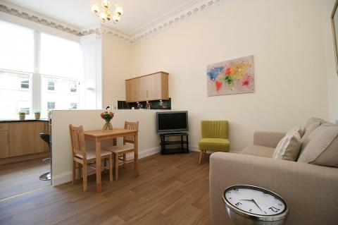 One bedroom property to let, Inverleith Terrace, Inverleith