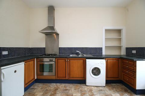 Two bedroom property to let, Avondale Place, Stockbridge