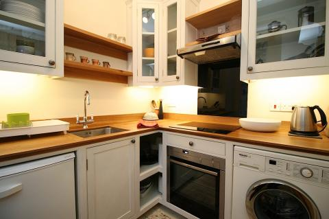 One bedroom property to let, Colville Place, Stockbridge