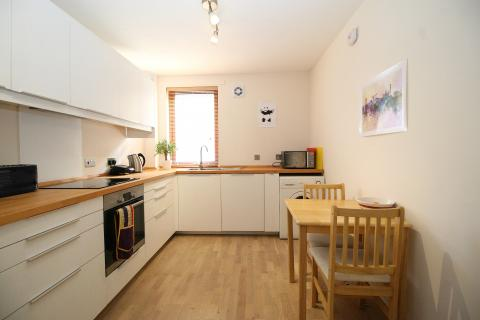 Two bedroom property to let, Dorset Place, Merchiston