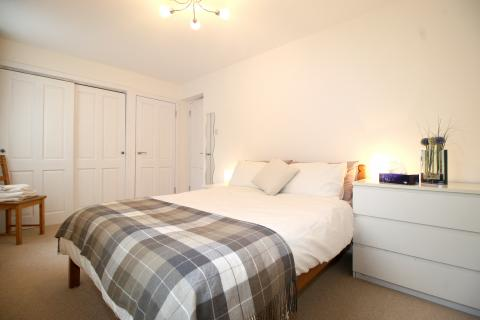 One bedroom property to let, Liddesdale Place, Stockbridge