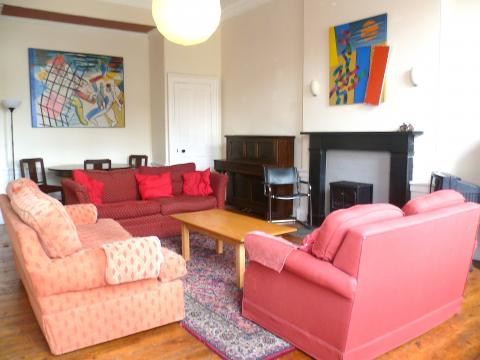 Four bedroom property to let, Annandale Street, New Town
