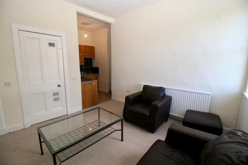 Two bedroom property to let, Dundonald Street, New Town
