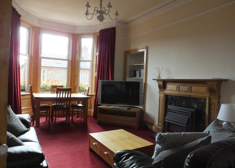 Two bedroom property to let, MacDowall Road, Newington