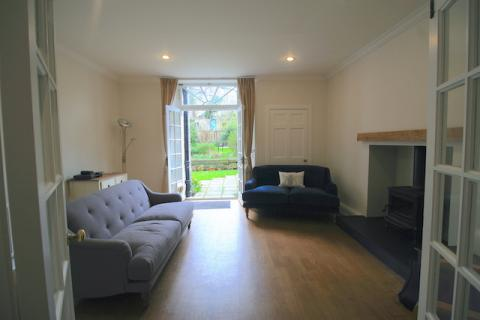 Three bedroom property to let,
