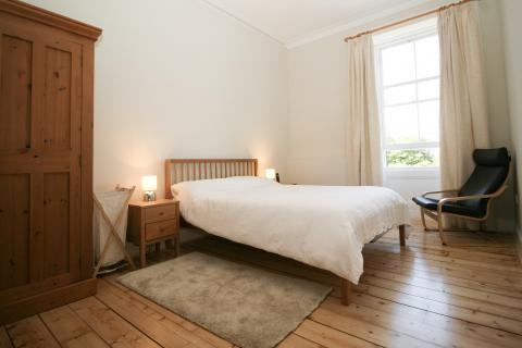 Two bedroom property to let, Meadow Place, Marchmont
