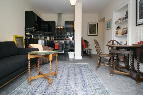 Two bedroom property to let, Pilrig Street, Pilrig