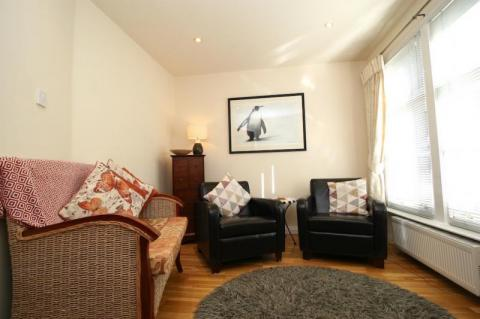 Two bedroom property to let, York Lane, New Town