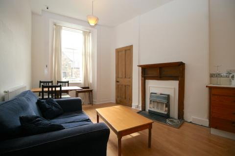 Two bedroom property to let, Jeffrey Street, Old Town
