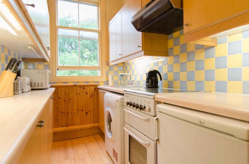Four bedroom property to let, Spottiswoode Street, Marchmont