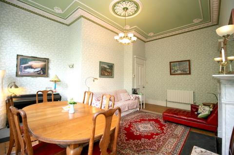 Two bedroom property to let, Royal Crescent, New Town