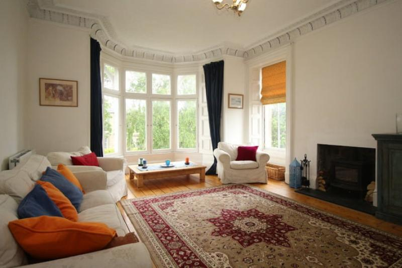 Two bedroom property to let, Suffolk Road, Newington