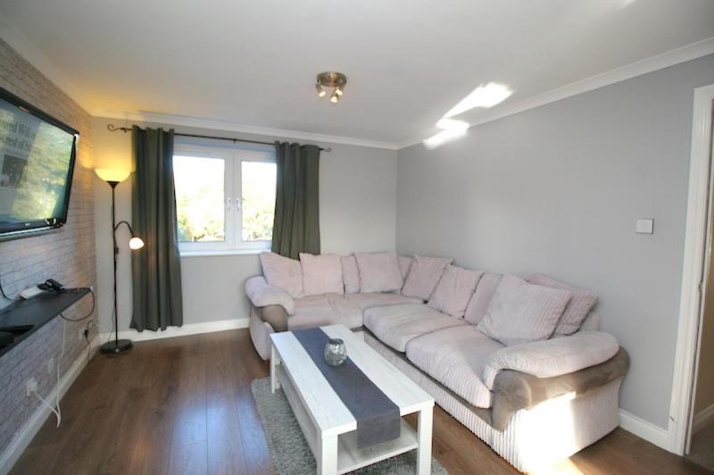 Two bedroom property to let, Pilrig Heights