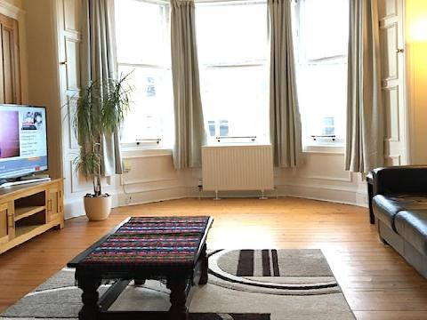 Two bedroom property to let, Marchmont