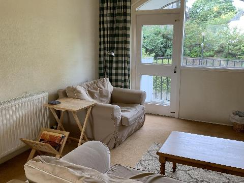 One bedroom property to let, Browns Close, Canongate