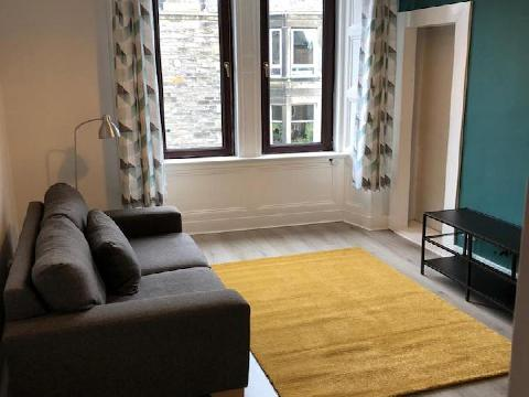 One bedroom property to let, Meadowbank