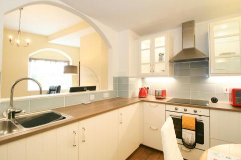 One bedroom property to let, John's Place, Leith Links