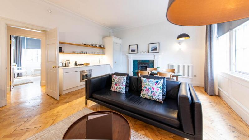 Two bedroom property to let, West Wing, Old Town