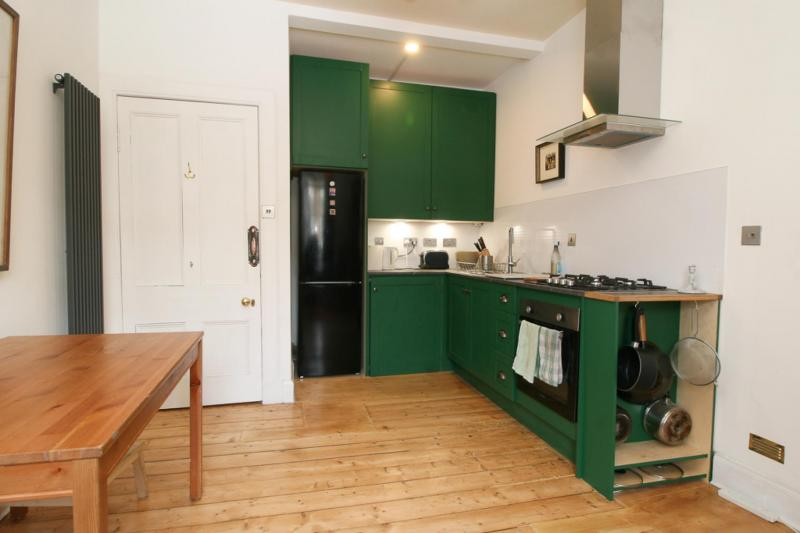 One bedroom property to let, Teviotdale Place, Stockbridge