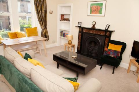 Two bedroom property to let, Trinity Road, Trinity