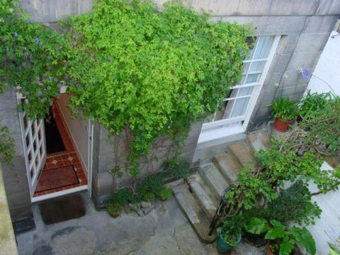 One bedroom property to let, Eton Terrace, West End
