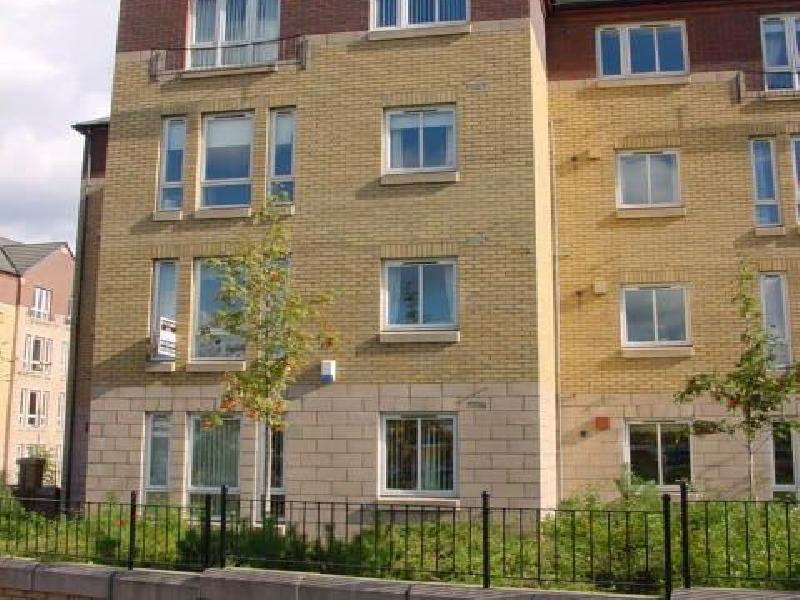 Two bedroom property to let, Moray Park Terrace, Abbeyhill