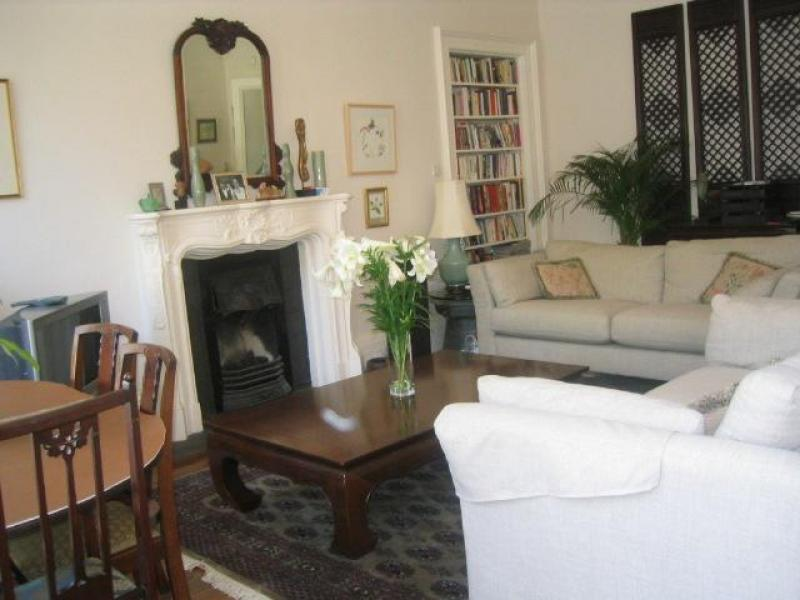 One bedroom property to let, Bellevue Place, New Town