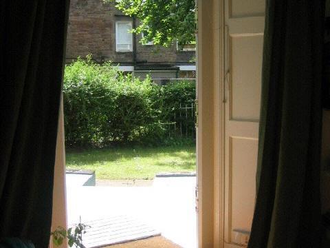 One bedroom property to let, Wardlaw Terrace, Gorgie