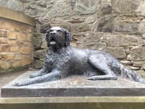 Bum Statue Dog